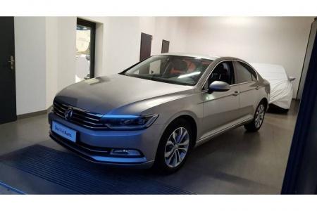 Volkswagen-Passat-2.0 TDI 190 BlueMotion Technology Carat Edition DSG6